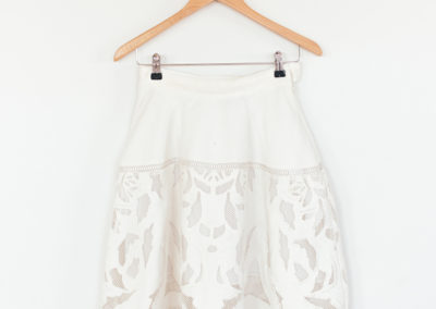 SKIRT / LASER ENGRAVED WITH EMBROIDERY